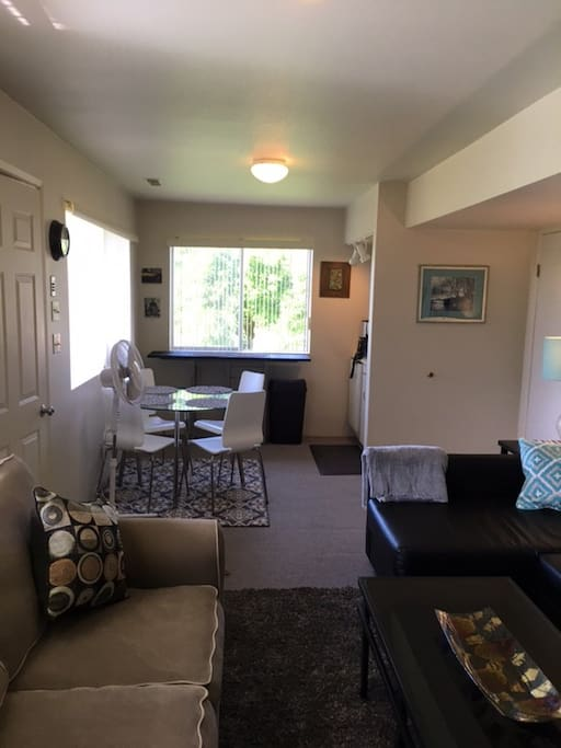 Kitchen has lots of light from 2 large windows. There is a mini frig, hot plate, wok, electric tea kettle and coffee pot. Single sink but large sink in laundry room. A George Forman grill and outdoor BBQ is also available.