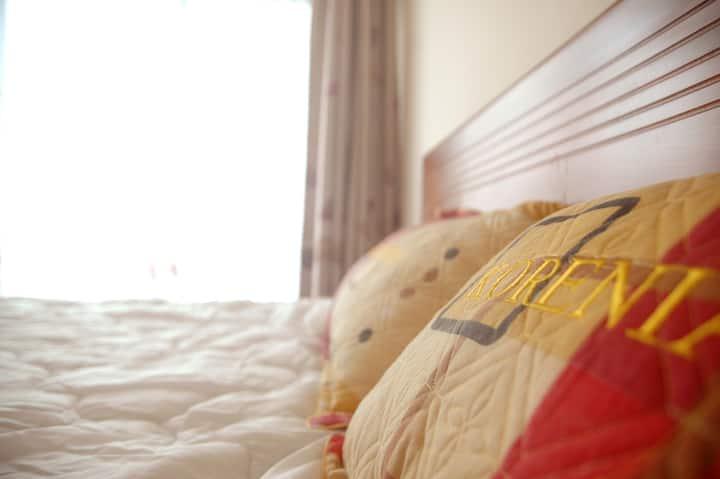 HaNoi view on 3 convenient bedrooms