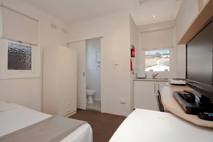 Simpele studio dicht bij CBD en Hyde Park - Darlinghurst - Appartement