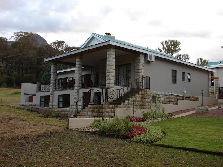 Barrister House, Clarens Golf & Leisure Estate