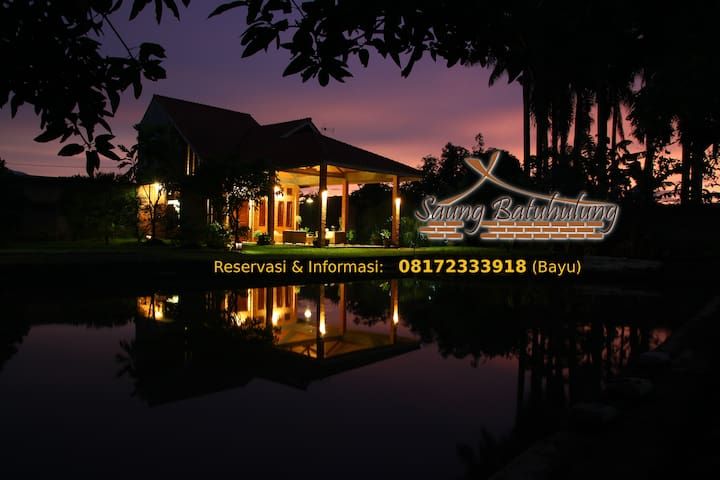 Saung Batuhulung - Home Stay dan Guest House