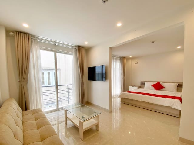 Luxurious Apartment w/ Wi-Fi + Private Bathroom