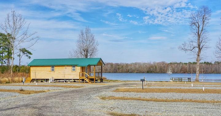 Greene's Pond Mini Cabin