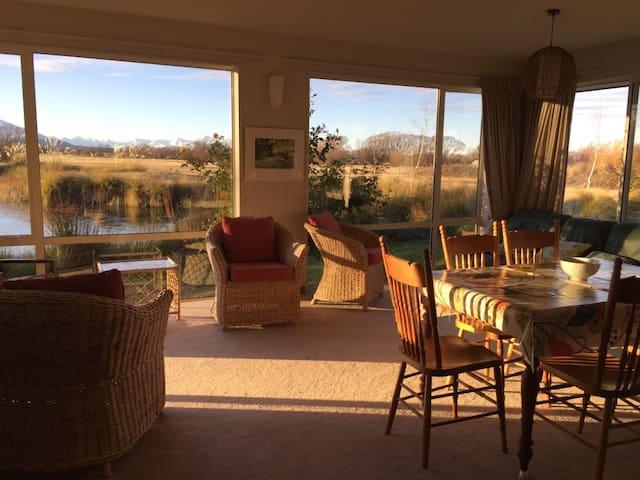 #5. Glen Lyon House: Incredible Views
