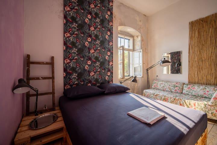 Ida's room