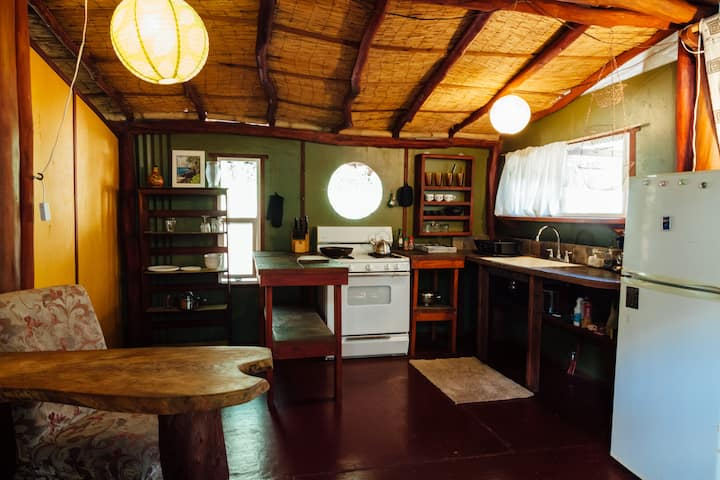 Tropical Bamboo Guest Cottage near Pahoa