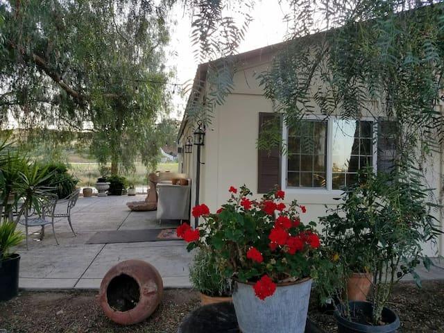 Charming Country Farmhouse - Temecula - House