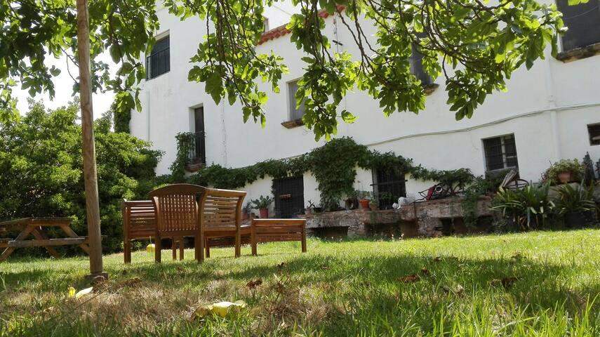 Habitacio a casa de pages, a platja - Torredembarra - Villa