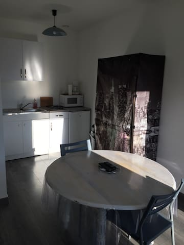 Studio tout confort, situé à la campagne