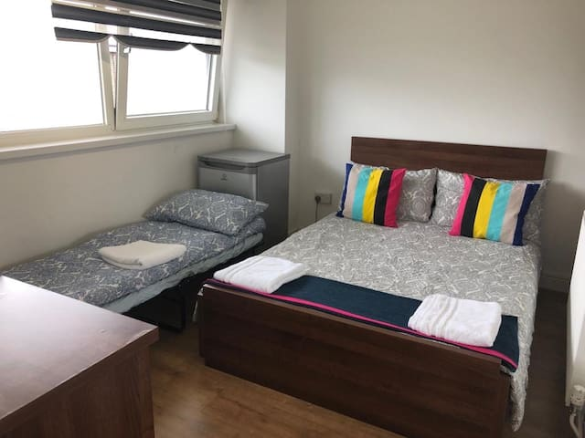 ₈Lovely Private Room up to 3guests near to King'sX