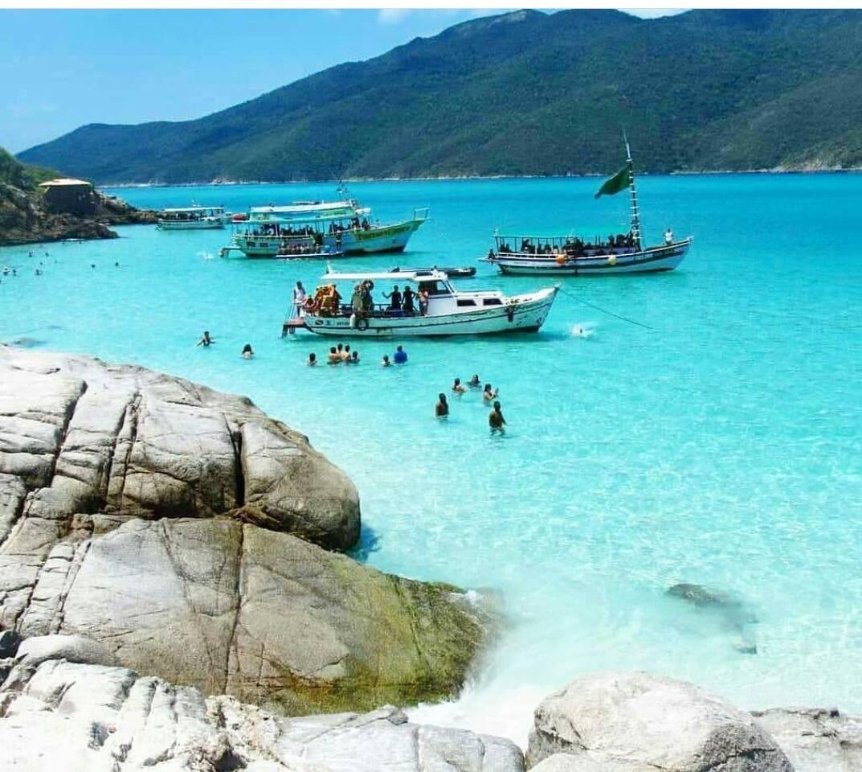 As prainhas, praia acessada pelo passeio de barco ou por carro.