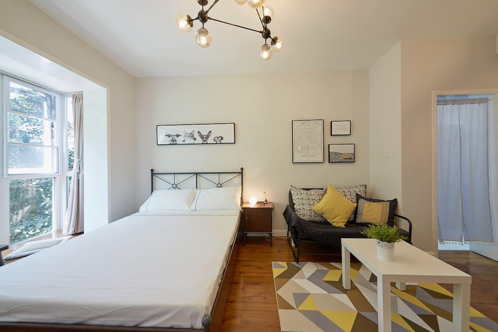 1.5大床和1.3折叠沙发