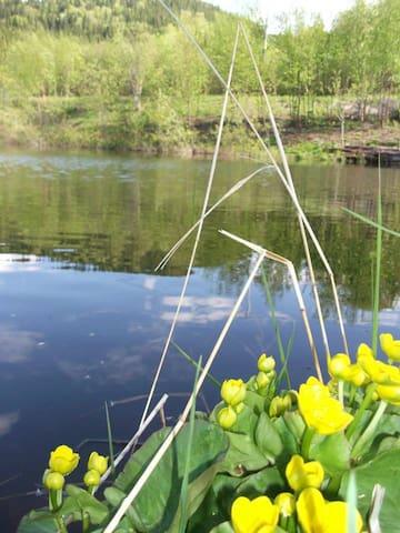 Le lac privé du domaine!