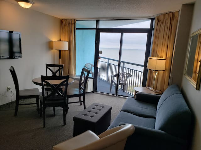 WOW BEAUTIFUL OCEANVIEW 1 BEDROOM AT THE LANDMARK