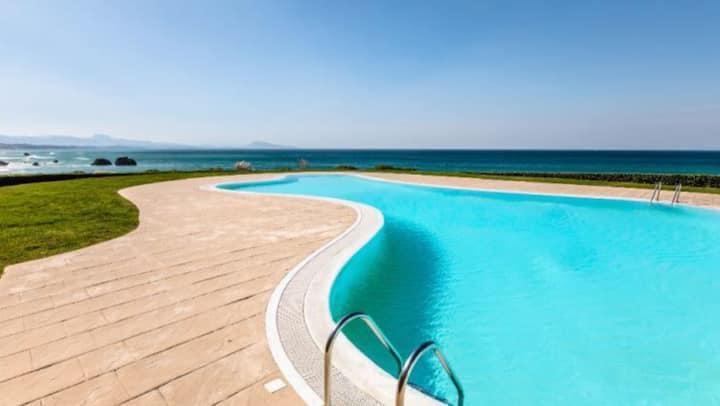 Biarritz Studio dans résidence sur plage, piscine