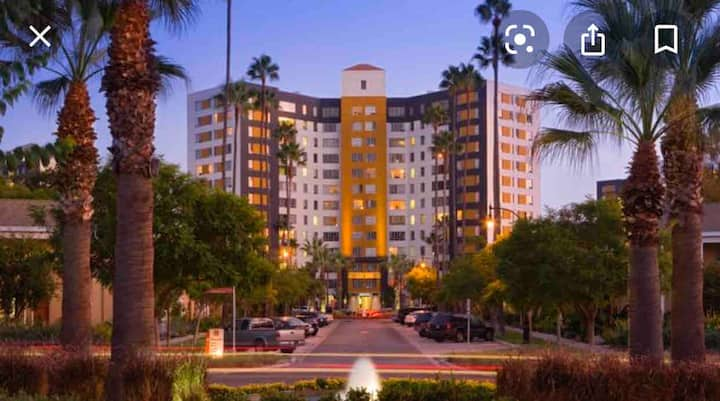 PRIVATE XL Apartment (BEVERLY HILLS /HOLLYWOOD)