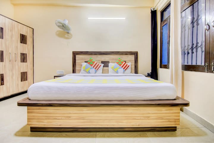 OYO - Graceful 1BHK Homestay in Manali - Exclusive Offer!!