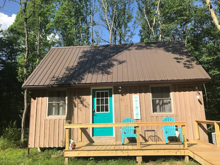 "Verde Grove Cabins - ""Poplar"""
