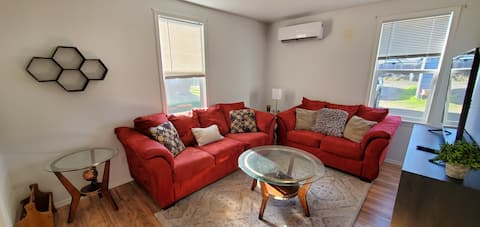 Bright 1 Bd Apt - Close to Downtown & College