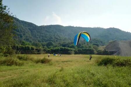 整栋民宿别墅出租,全家周末休闲,体验滑翔伞的刺激与山林的迷人。 - 长沙市 - Rumah