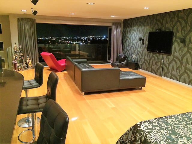 Luxurious Studio Apartment - Close to the Airport - Auckland - Flat