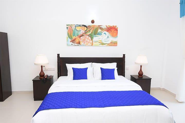 Blue Spring Hotel Wadduwa
