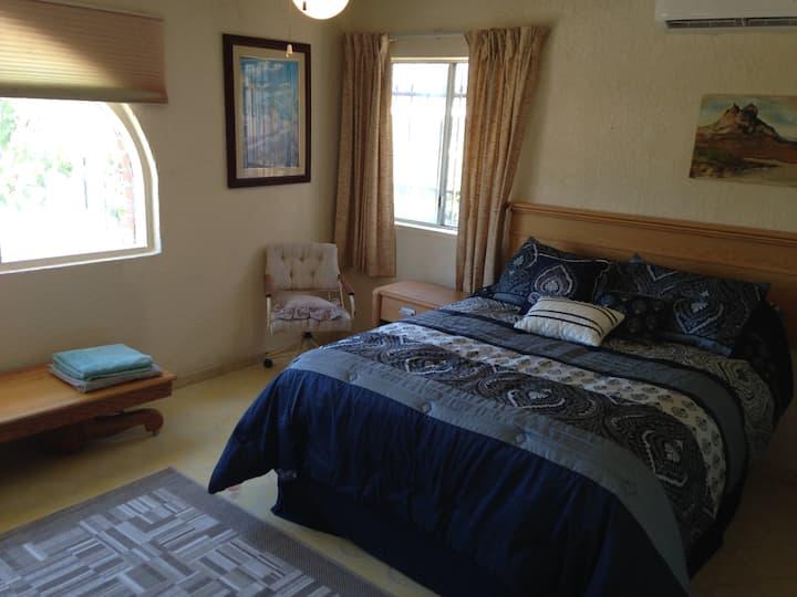 Private Room Ocean Side!!