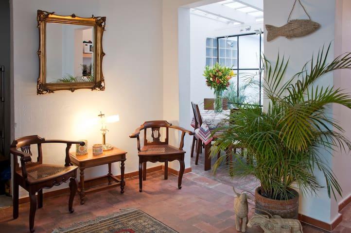 Casa Molcajete - Ciudad de México