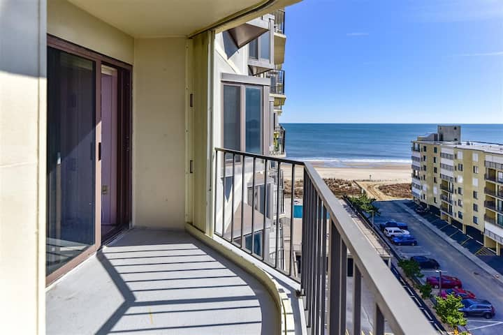 1 Bedroom 9400 Building Condo with Side Ocean View and Outdoor Pool!