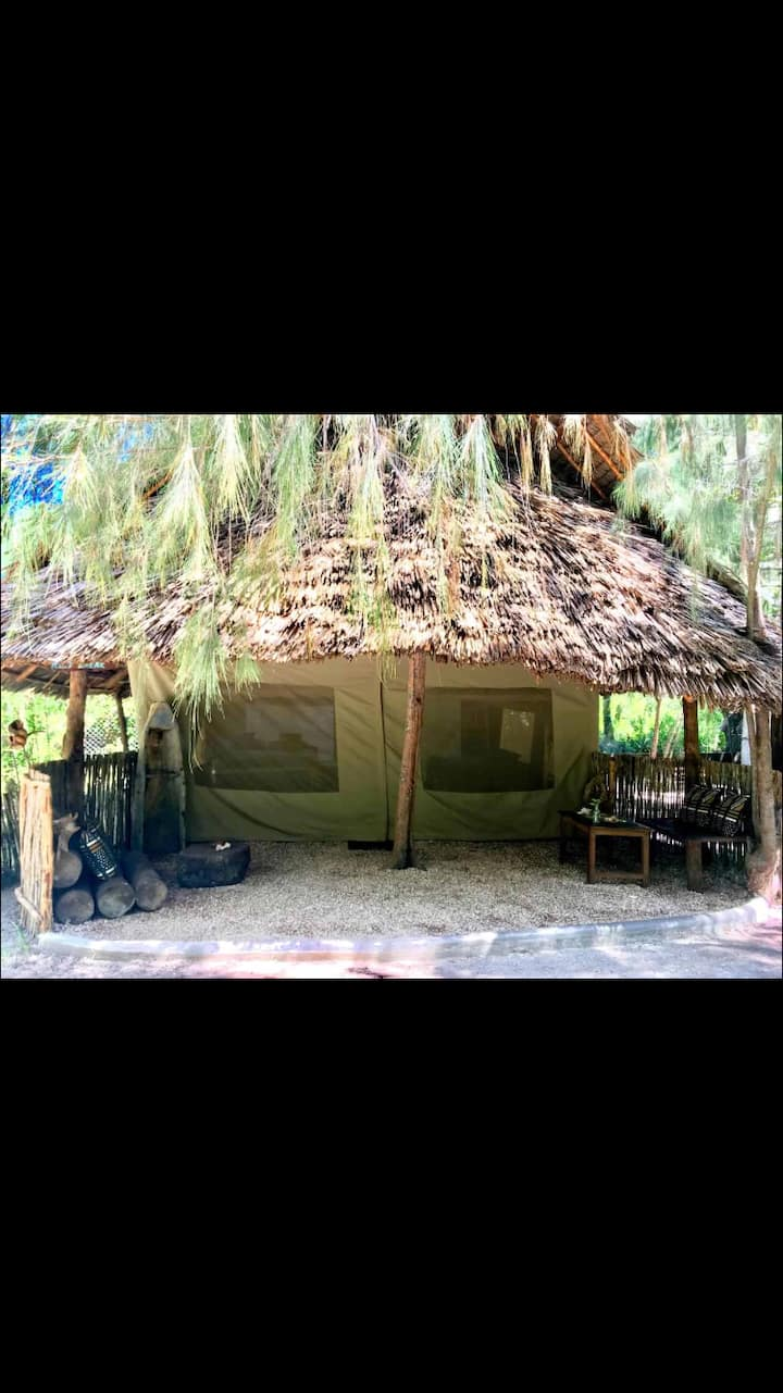 Luxury Ensuite Tent in a forest on Paje beach!