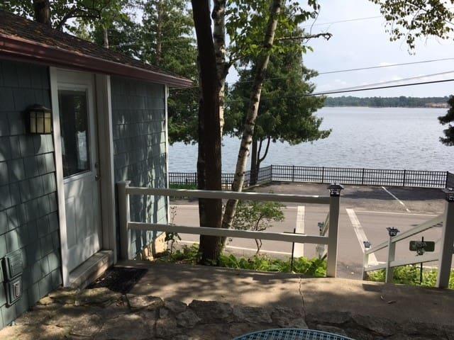 Harbor Cottage Retreat