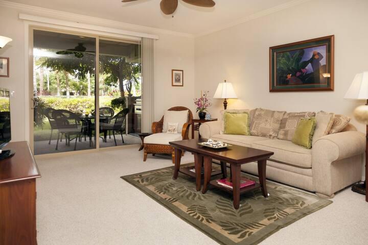 Palm Villas B-3 Tropical Haven