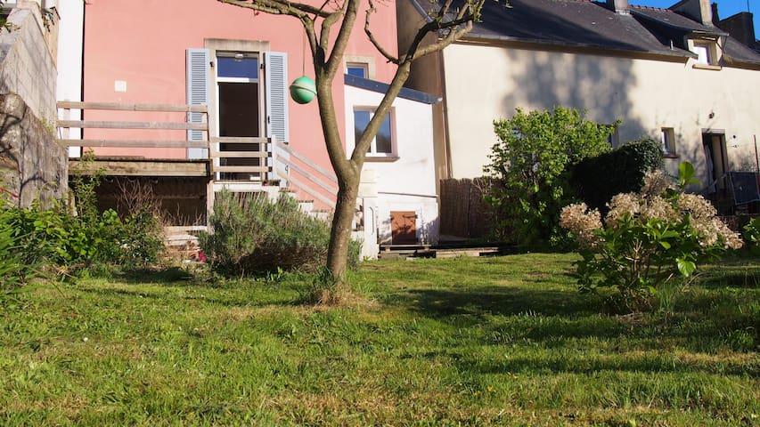 Maison familiale sur la route du Cap Sizun - Douarnenez - Casa
