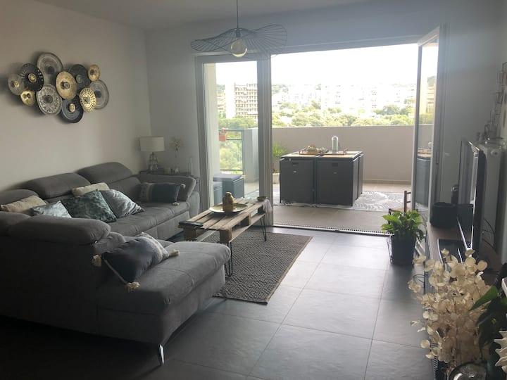 Appartement tout confort avec terrasse