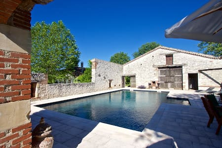 Saltre, Stunning House & Cottage with Private Pool - Savignac-sur-Leyze - Casa