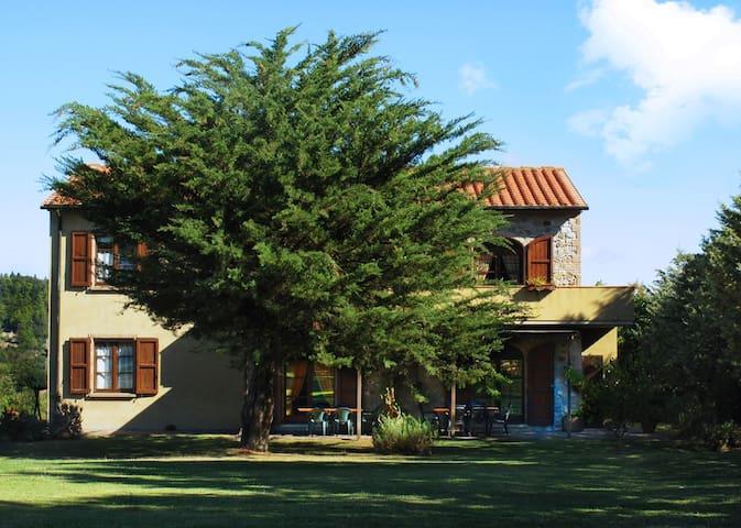 CASA GIRASOLE | AGRITURISMO LE SELVOLE - TOSCANA