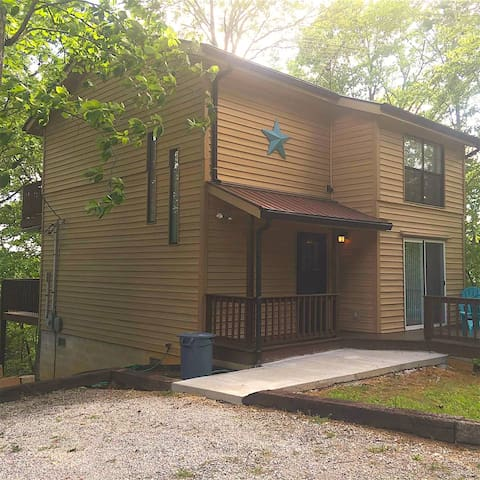 Welcome to Fox Chase at Dale Hollow Lake! - Byrdstown - House