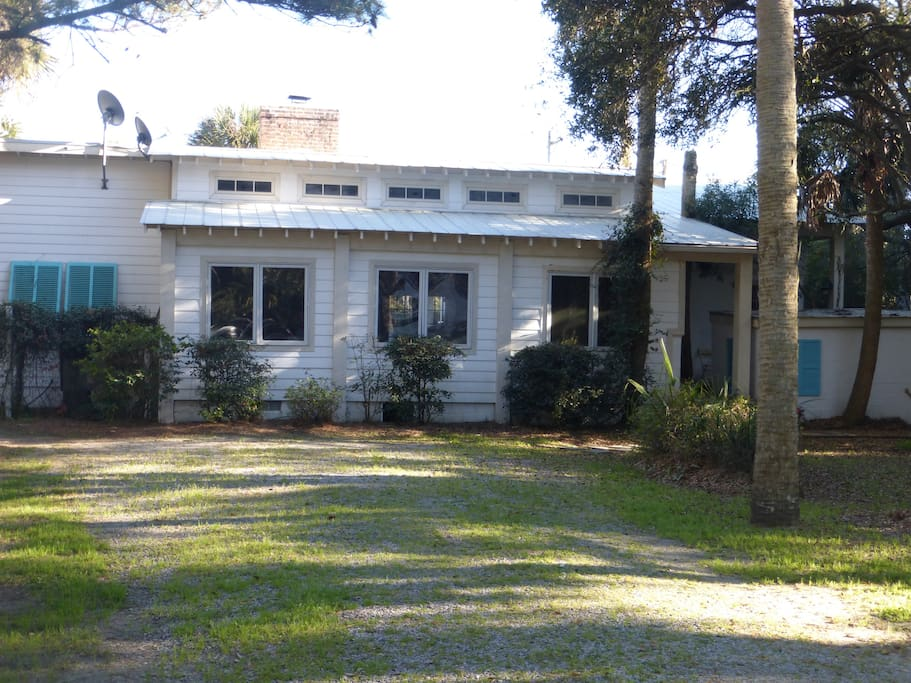 Updated original 1950's Folly Home