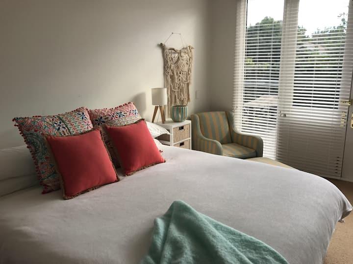 Stylish Newtown studio apartment