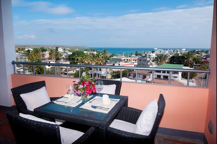 Galapagos  Ocean View Penthouse - Puerto Ayora - Apartmen