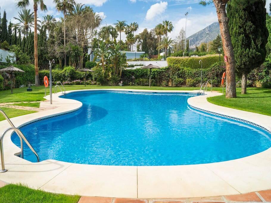 2 large pools onsite