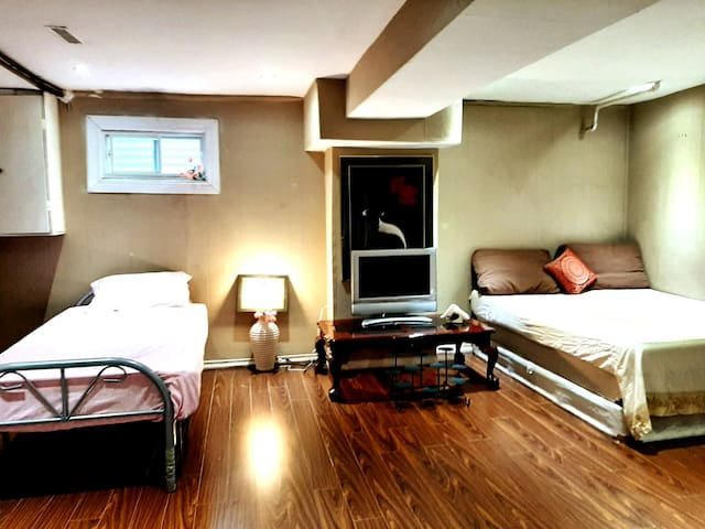Furnished Basement Apartment near Toronto Airport