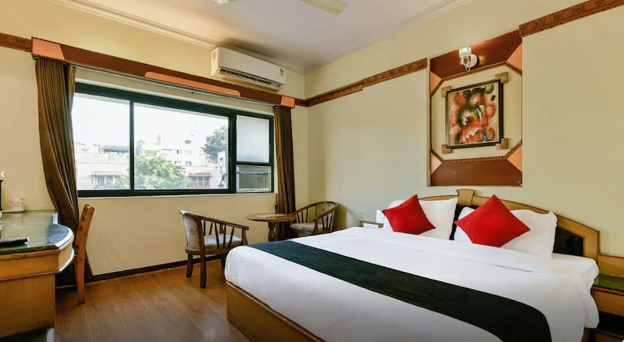 City Centre double room w/ breakfast in Jaipur