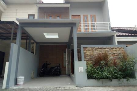 Rumah Dream Residence, Pondok Cabe