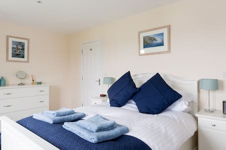 Cotswold Water Park Retreat - South Cerney - Casa