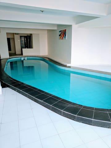 Indoor pool & amazing view 5BHK Villa. - Lonavala - Villa