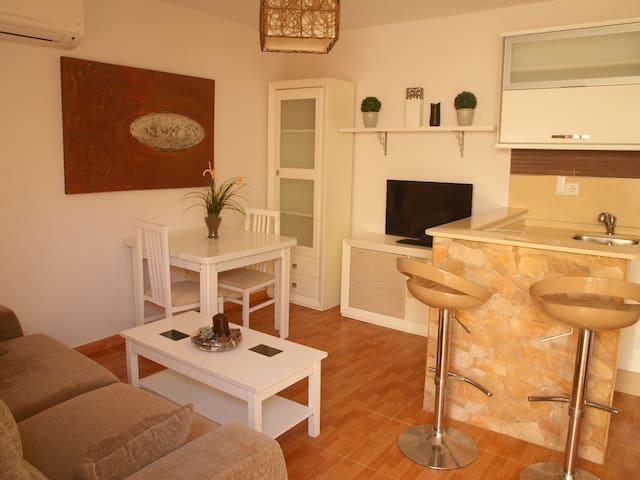 SMALL APARTMENT WITH WIFI - Tarifa