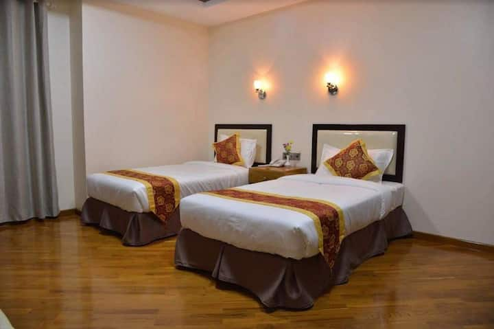 Mandalay Nearby Moat 20BD/20RD ( Y )