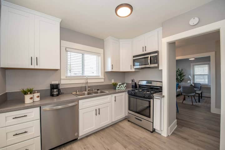 Charming Gem in the Heart of San Diego, Upgraded