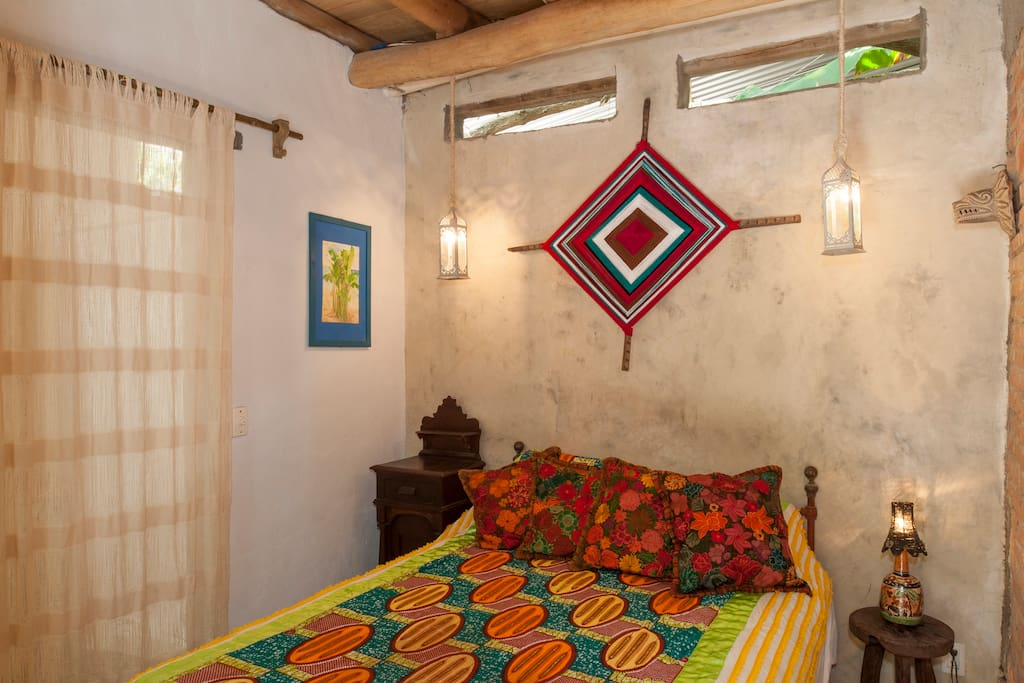 Ojo de dios casa del jard n bed and breakfasts en for Casa jardin sayulita
